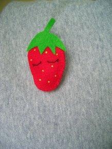 Erdbeerbrosche