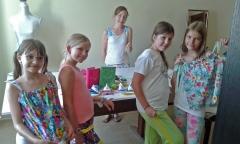 Die Kinder mit ihren Werken