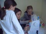 Zuschauen erlaubt! Die Kinder lernen voneinander...
